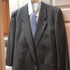 1Grey 100% wool suit 44R